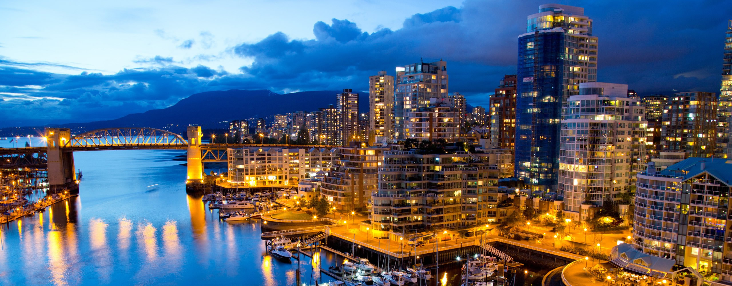 vancouver-city-night-blue-sky1